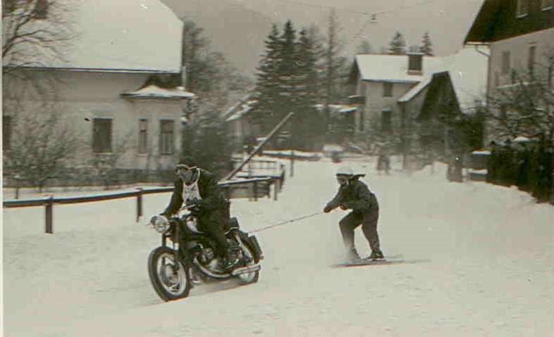 Rudolf Schwaiger beim Skijöring