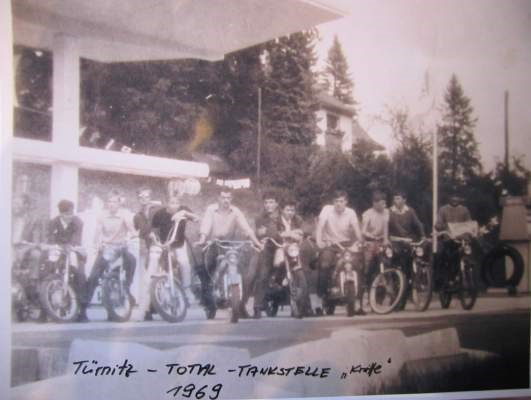 """Motorradgang"" Total Tankstelle Knittl in Türnitz"