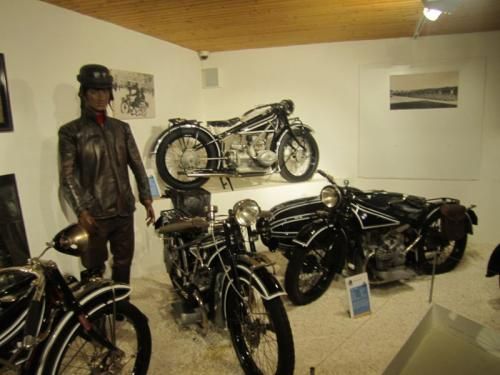 Oldtimerausflug Eggenberg u. BMW Museum- 2013